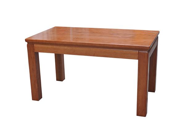 14-3餐桌